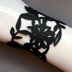 Coruu Flowery rannekoru musta